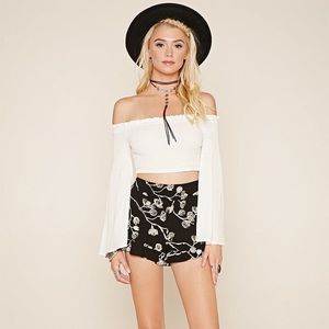 Forever 21 floral embroidered ruffle shorts NWOT